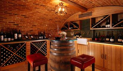 Barrel Room w Chairs