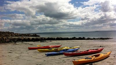 Salthill_beach_kayaking