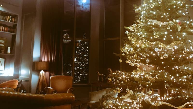 Have a little Christmas Cheer! 2 night stay