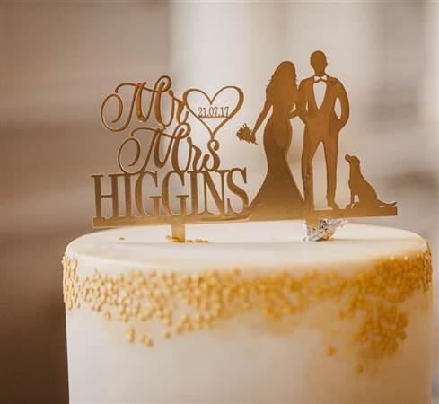 Shirley and Benny Glenlo Wedding Cake