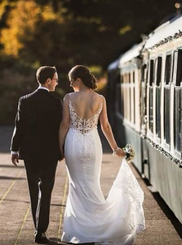 Couple Pullman Train
