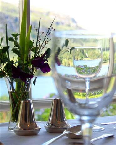 fuschia vase and table setting