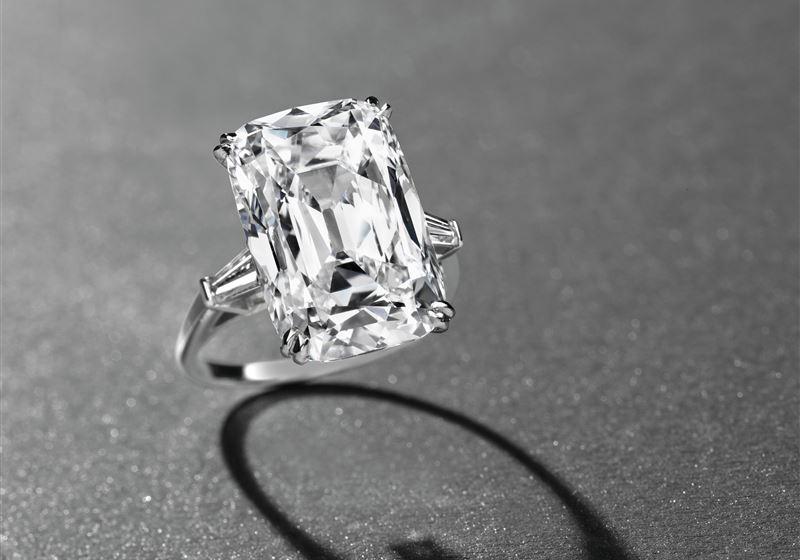 Diamond Ring clear
