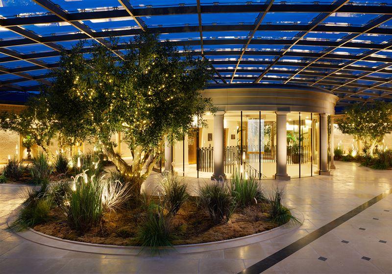 GrantleyHall Atrium Fountains Wing Twili