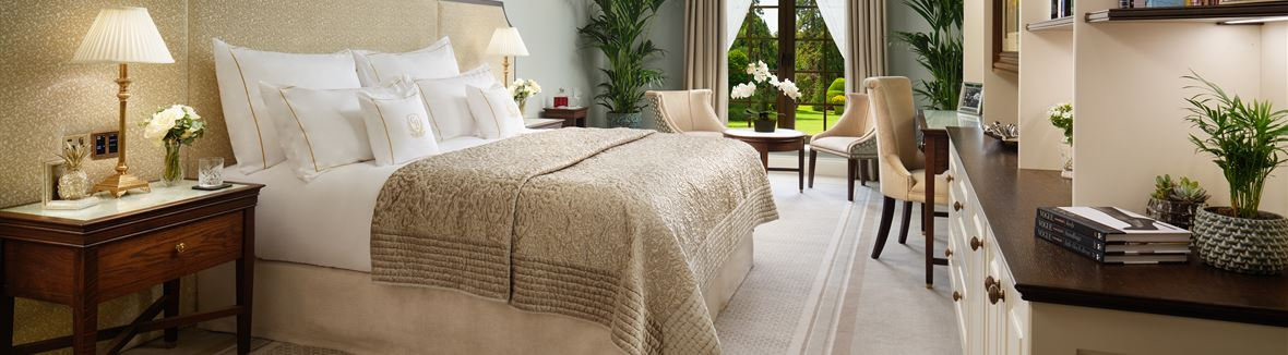 GrantleyHall Superior Suite bedroom Jack