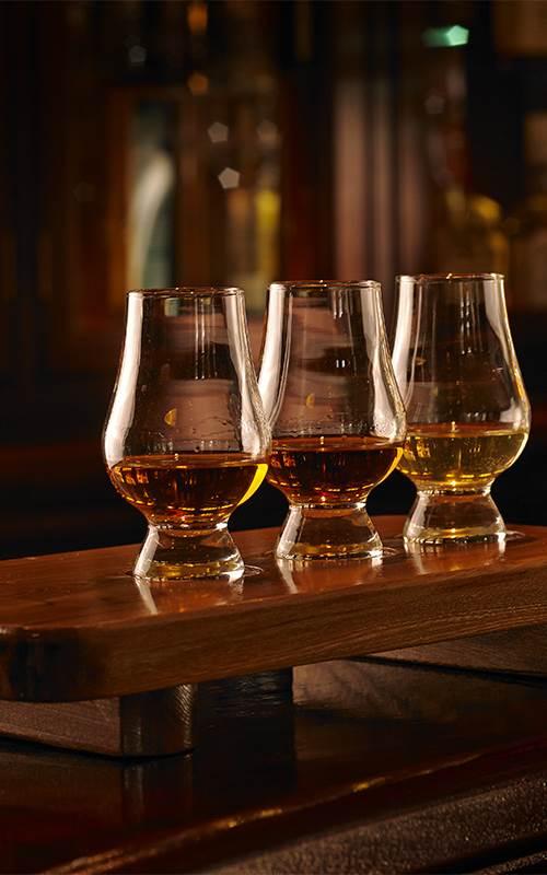 whiskey corner 01