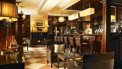 The Manor Bar