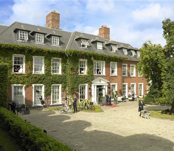 Active Exterior Hayfield Manor