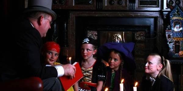 halloween kids story HM