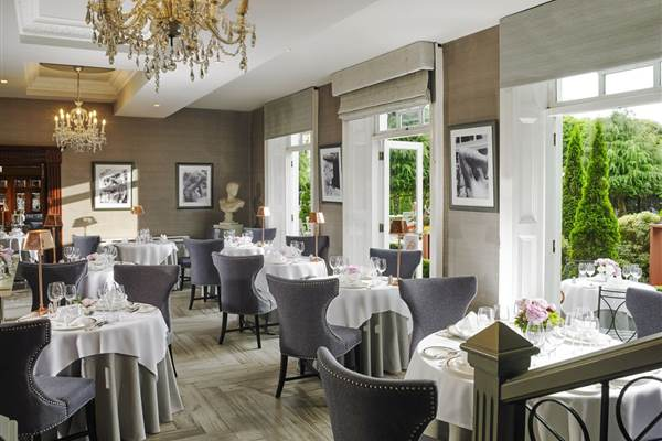 Orchids Restaurant at Hayfield Manor