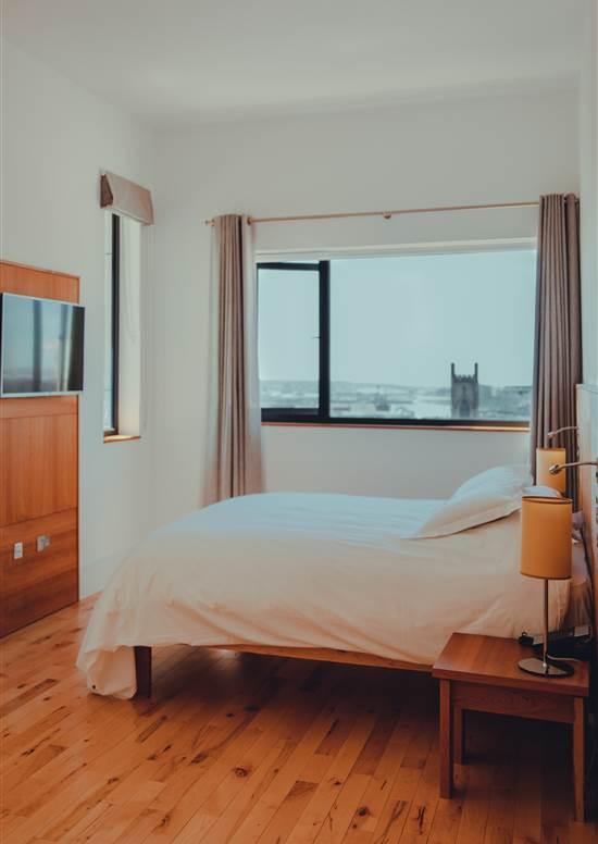 rooftop suite bedroom
