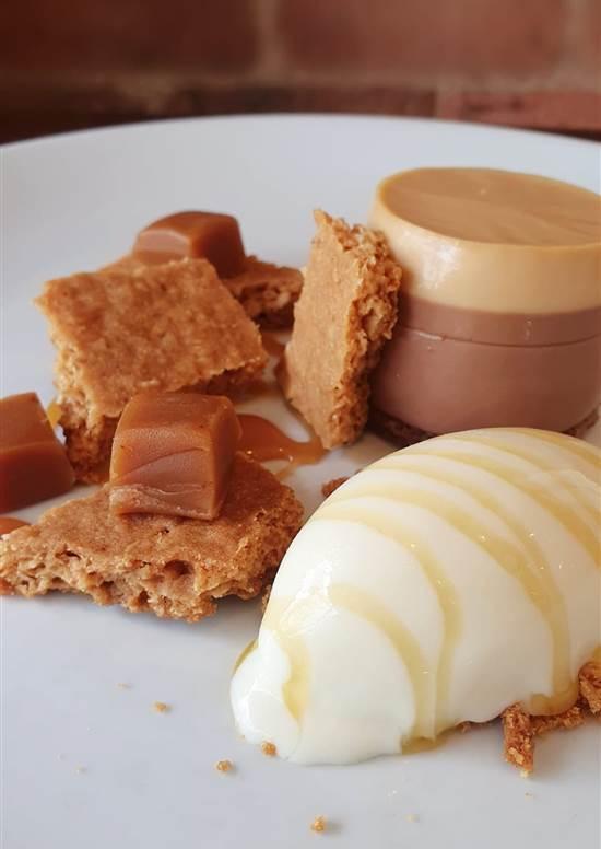 set chocolate custard