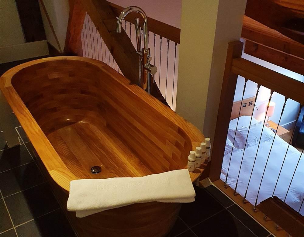 bath top at Hope Street Hotel room