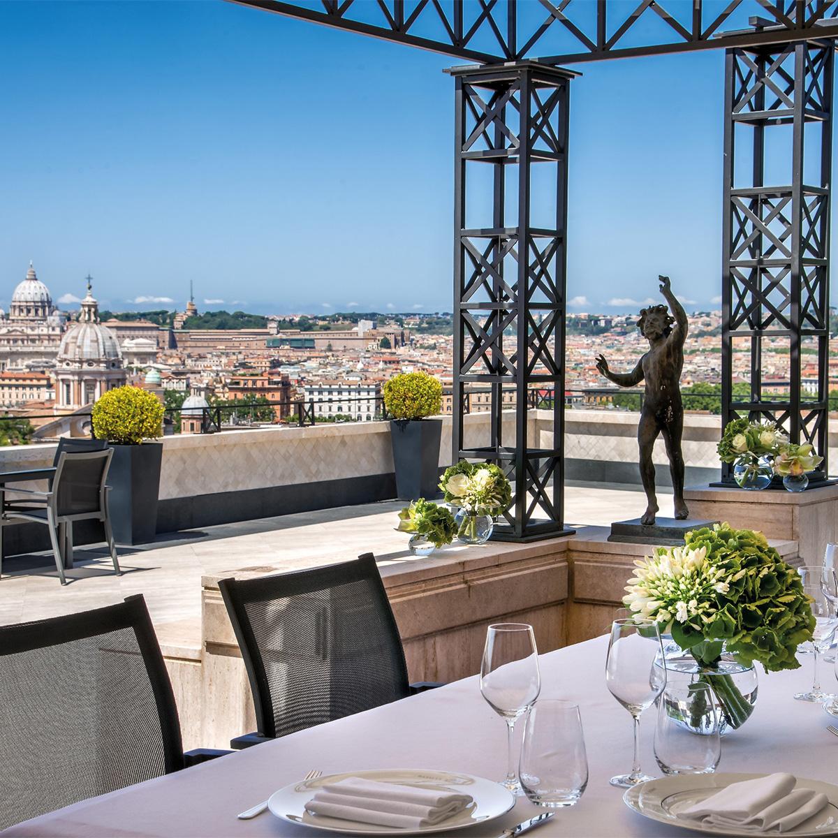 Penthouse Suite Villa Medici terrace