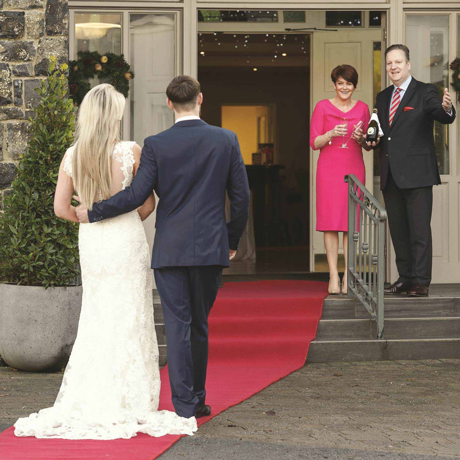 Weddings at Hotel Woodstock - A Waiting Welcome