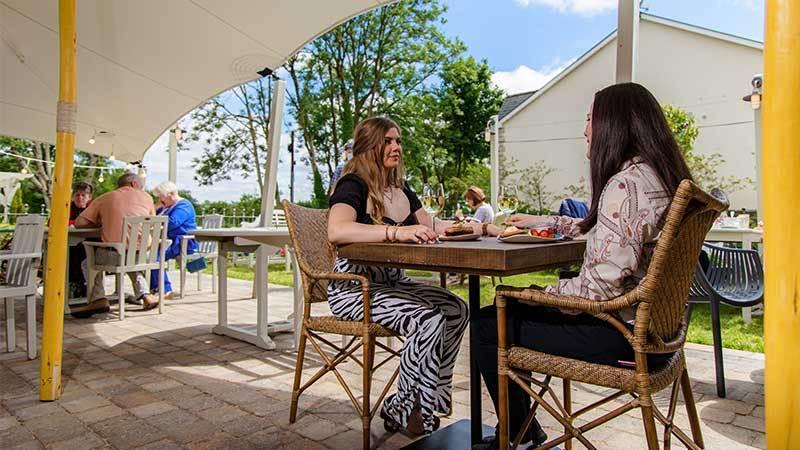 Keenans-Outdoor-Dining