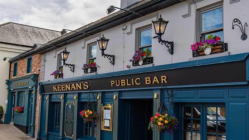 Keenans-Public-Bar