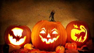 3 Night Thrilling Halloween Trio