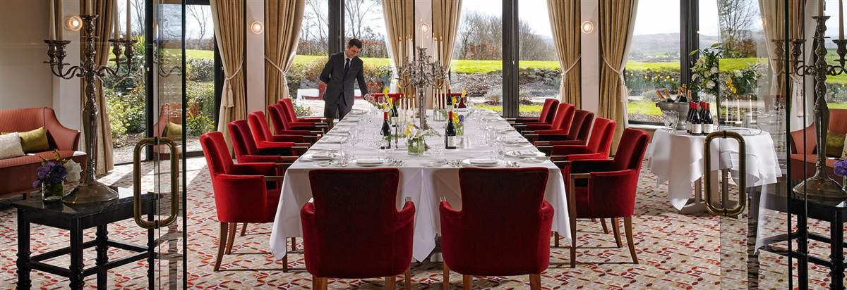 Round room  Private Dining