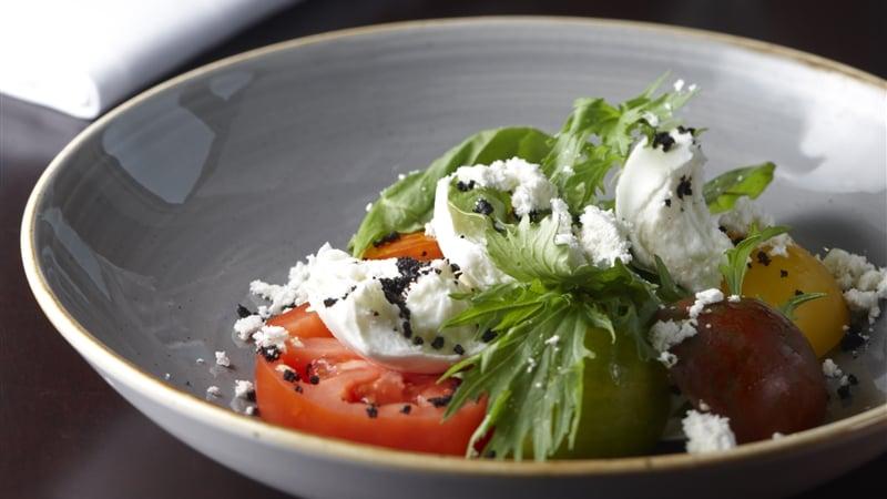 Brehon Bar  Toonbridge Mozzarella Salad