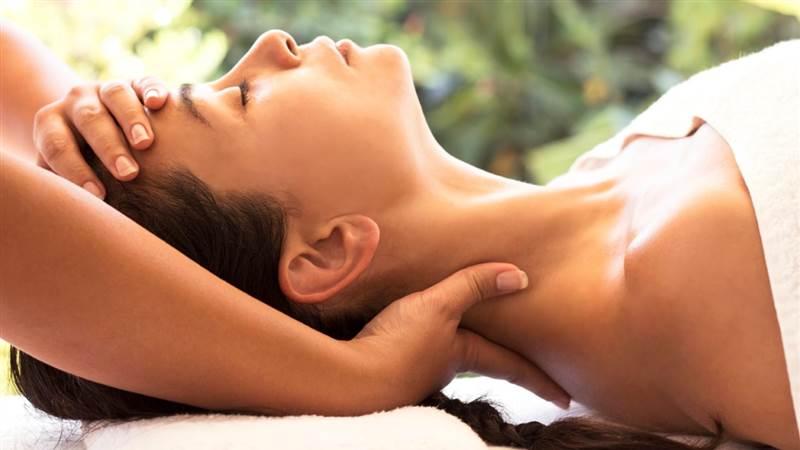 'Indian Head Massage (002)