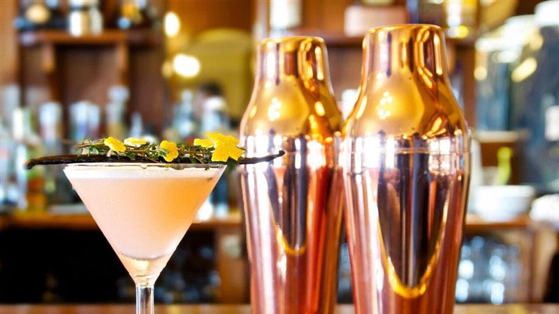 'cocktail bar mayo