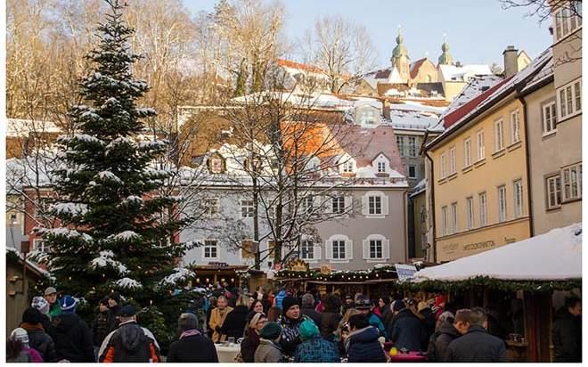 Weihnachtsmarkt in Lech