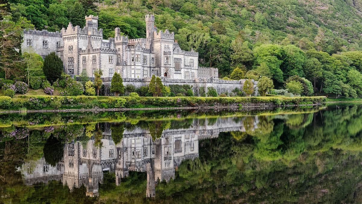 Kylemore Abbey Reflection
