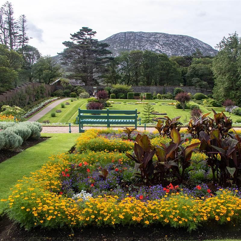 General Views (Gardens)