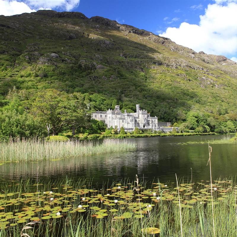 Kylemore Abbey, TOP 1 tourist attraction Ireland