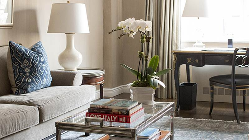 One Bedroom Suite Deluxe amenities at Lowell