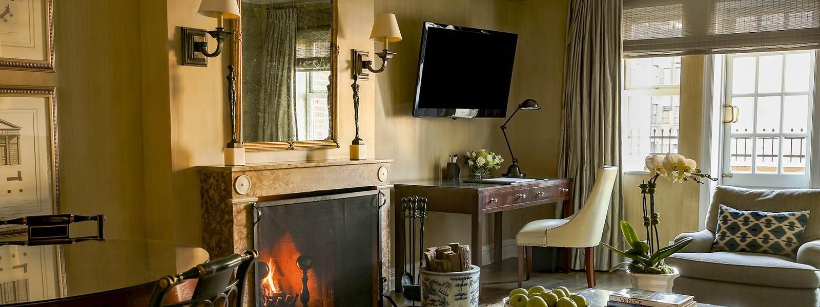 Lowell Two Bedroom Suite Websize