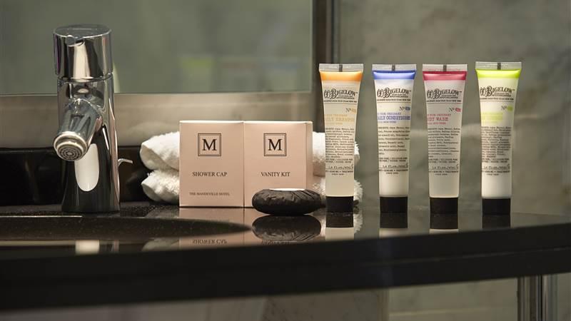 20 - bathroom products-min