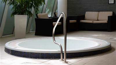 Hotels with gym and Jacuzzi in Cork at Maryborough 4 Star