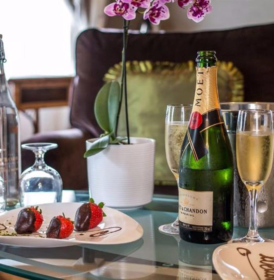 Couples Retreat - Champagne, Dinner & Spa Treatments image