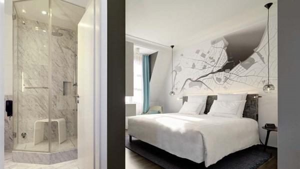 Junior Suite 430 Room high Cityside