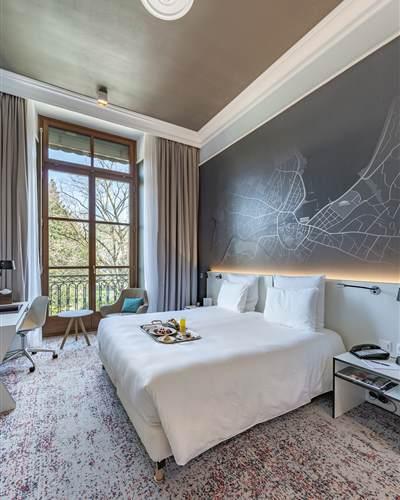 2019 Premium Room 5 WEB