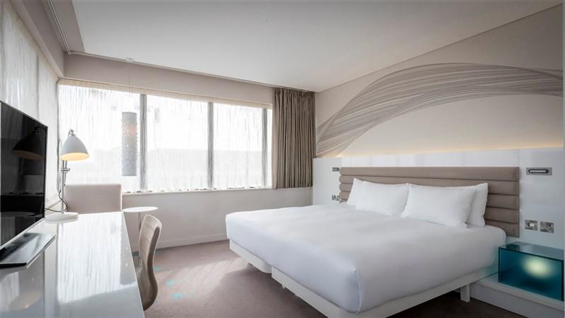 Corner Room  room 419