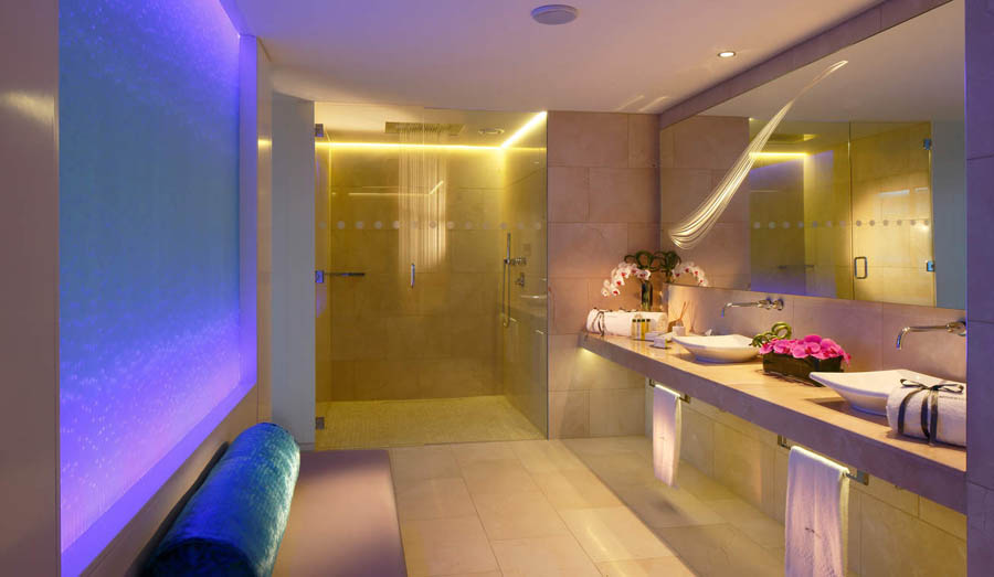 hotel in dublin with jacuzzi in room