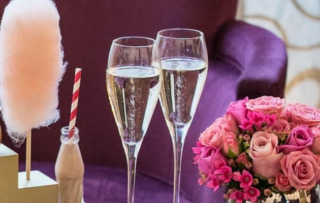 AT close up short champagne