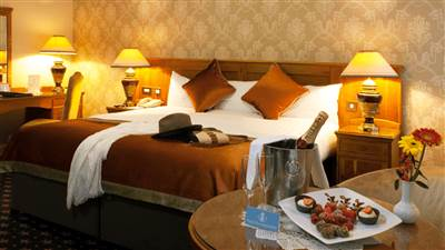 Deluxe Room in 4 Star hotel in GALWAY CITY from €180 per room. Park House Hotel