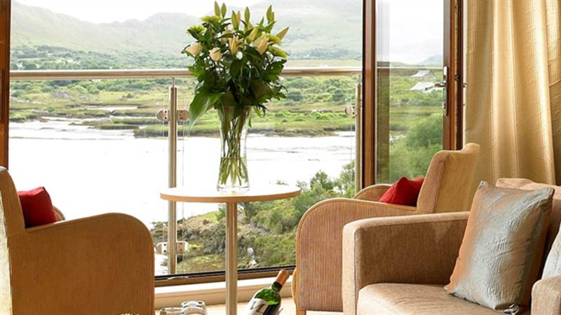 Super Seaview Room Bb Romantic Hotels In Kerry Sneem Hotel Download Free Architecture Designs Scobabritishbridgeorg