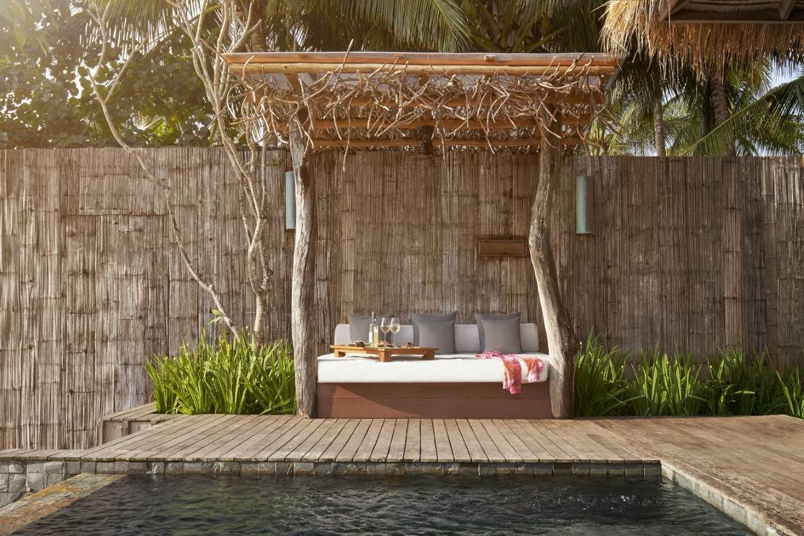Sundeck with daybed at Ocean View Villa