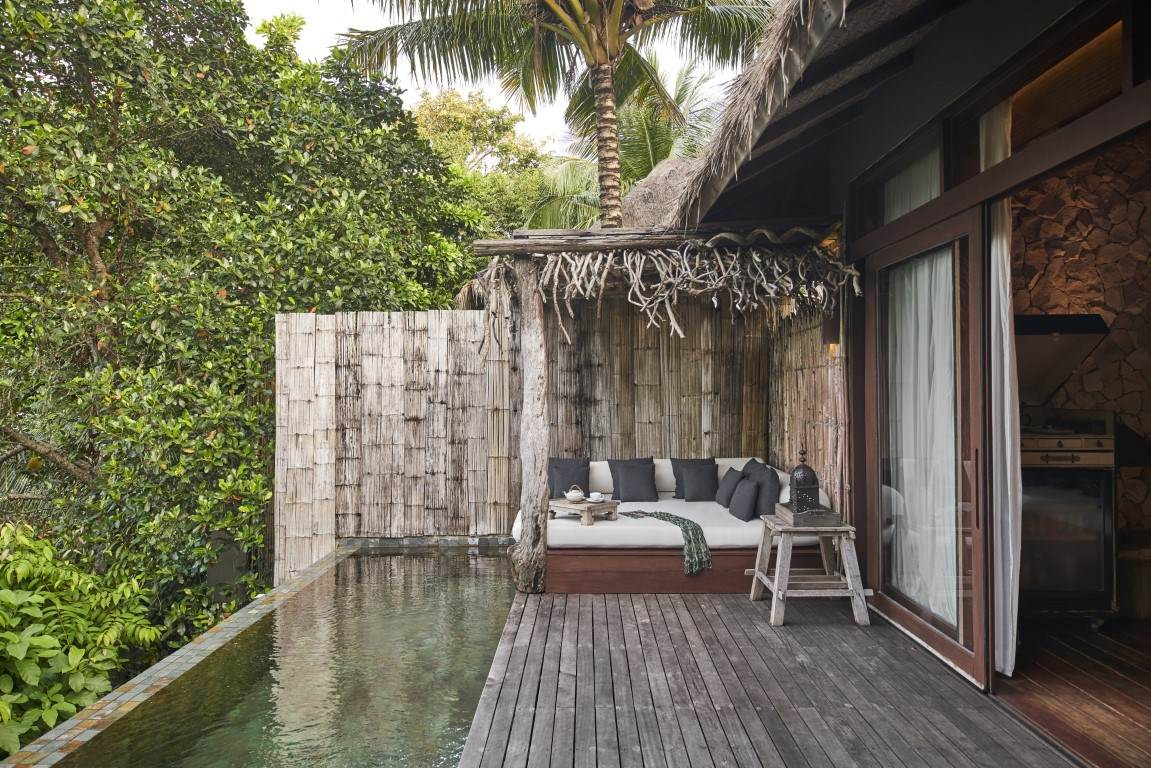 Sundeck with daybed at one bedroom jungle villa