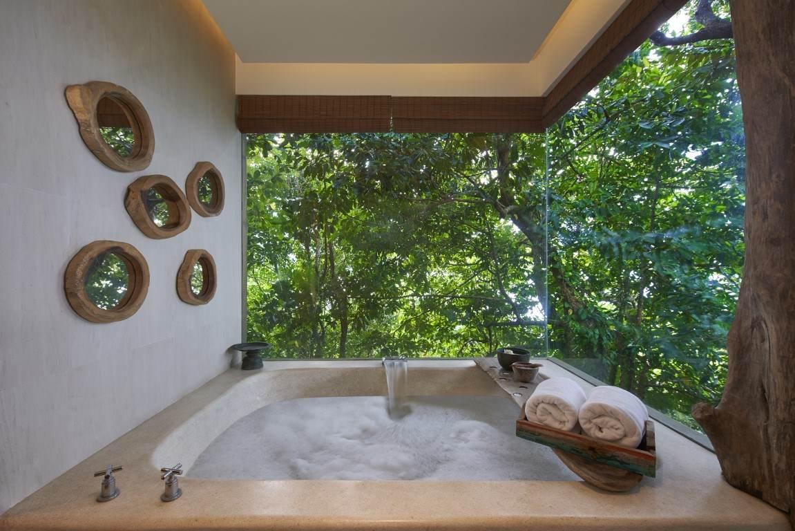 oversized Sunken Bathtub in two bedroom Jungle Villa