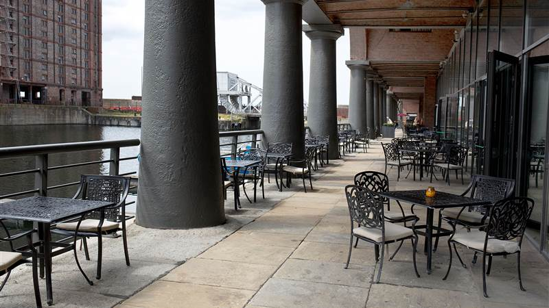 Titanic Hotel Liverpool Launches New Outdoor Colonnade Menu