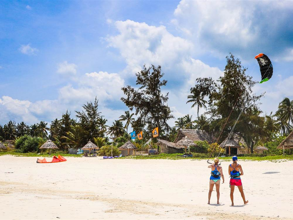 White Sand Villas Kite Lesson