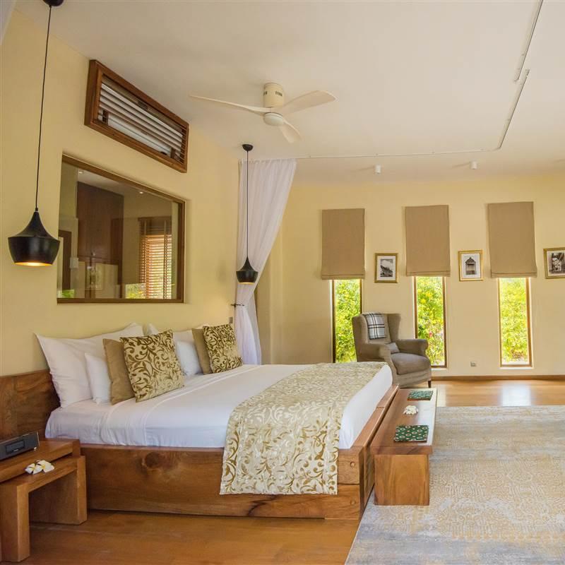 Villa - upper floor bedroom